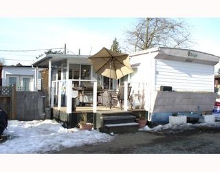 """Photo 10: 18 21698 LOUGHEED Highway in Maple_Ridge: West Central Manufactured Home for sale in """"S"""" (Maple Ridge)  : MLS®# V750336"""