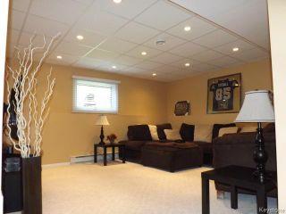 Photo 12: 676 Community Row in WINNIPEG: Charleswood Residential for sale (South Winnipeg)  : MLS®# 1513741