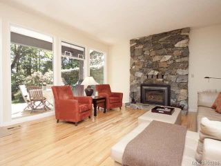 Photo 14: 4875 GREAVES Crescent in COURTENAY: CV Courtenay West House for sale (Comox Valley)  : MLS®# 701288
