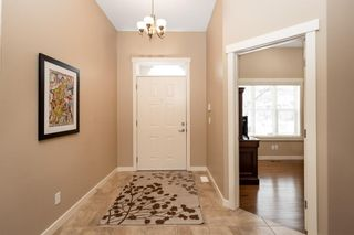 Photo 2: 32 Evergreen Row SW in Calgary: Evergreen Detached for sale : MLS®# A1062897