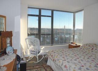 Photo 9: 1203 15 E ROYAL Avenue in New Westminster: Fraserview NW Condo for sale : MLS®# R2023960