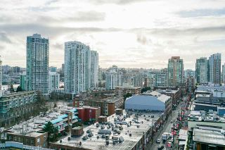 """Photo 20: 1407 977 MAINLAND Street in Vancouver: Yaletown Condo for sale in """"YALETOWN PARK 3"""" (Vancouver West)  : MLS®# R2524539"""