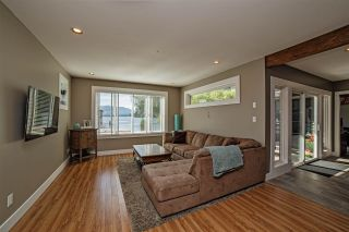 Photo 8: 35084 SWARD Road in Mission: Durieu House for sale : MLS®# R2103205