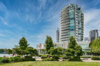 Main Photo: 1702 1560 HOMER Mews in Vancouver: Yaletown Condo for sale (Vancouver West)  : MLS®# R2589713