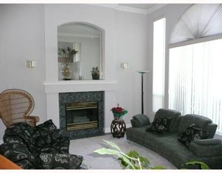 Photo 2: 1330 RAMA Avenue in New_Westminster: Queensborough House for sale (New Westminster)  : MLS®# V689002