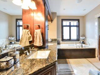 Photo 10: 4604 Donsdale Drive in Edmonton: Donsdale House for sale