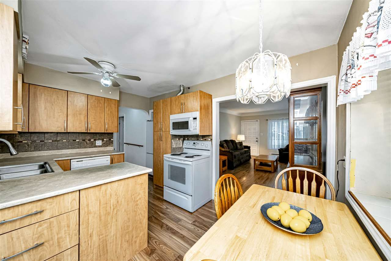 Photo 10: Photos: 309 JOHNSTON Street in New Westminster: Queensborough House for sale : MLS®# R2508021