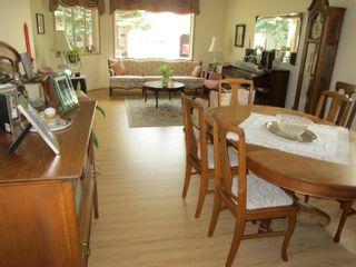 Photo 5: 27 903 109 Street in Edmonton: Zone 16 House Half Duplex for sale : MLS®# E4259189