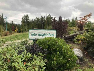 """Photo 3: 5692 PARTRIDGE Way in Sechelt: Sechelt District House for sale in """"TYLER HEIGHTS"""" (Sunshine Coast)  : MLS®# R2603814"""