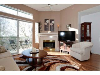 "Photo 4: 311 5955 177B Street in Surrey: Cloverdale BC Condo for sale in ""WINDSOR PLACE"" (Cloverdale)  : MLS®# F1433073"