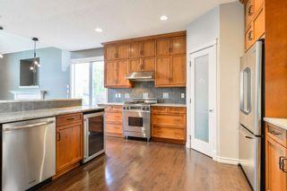 Photo 9: 729 MASSEY Way in Edmonton: Zone 14 House for sale : MLS®# E4257161