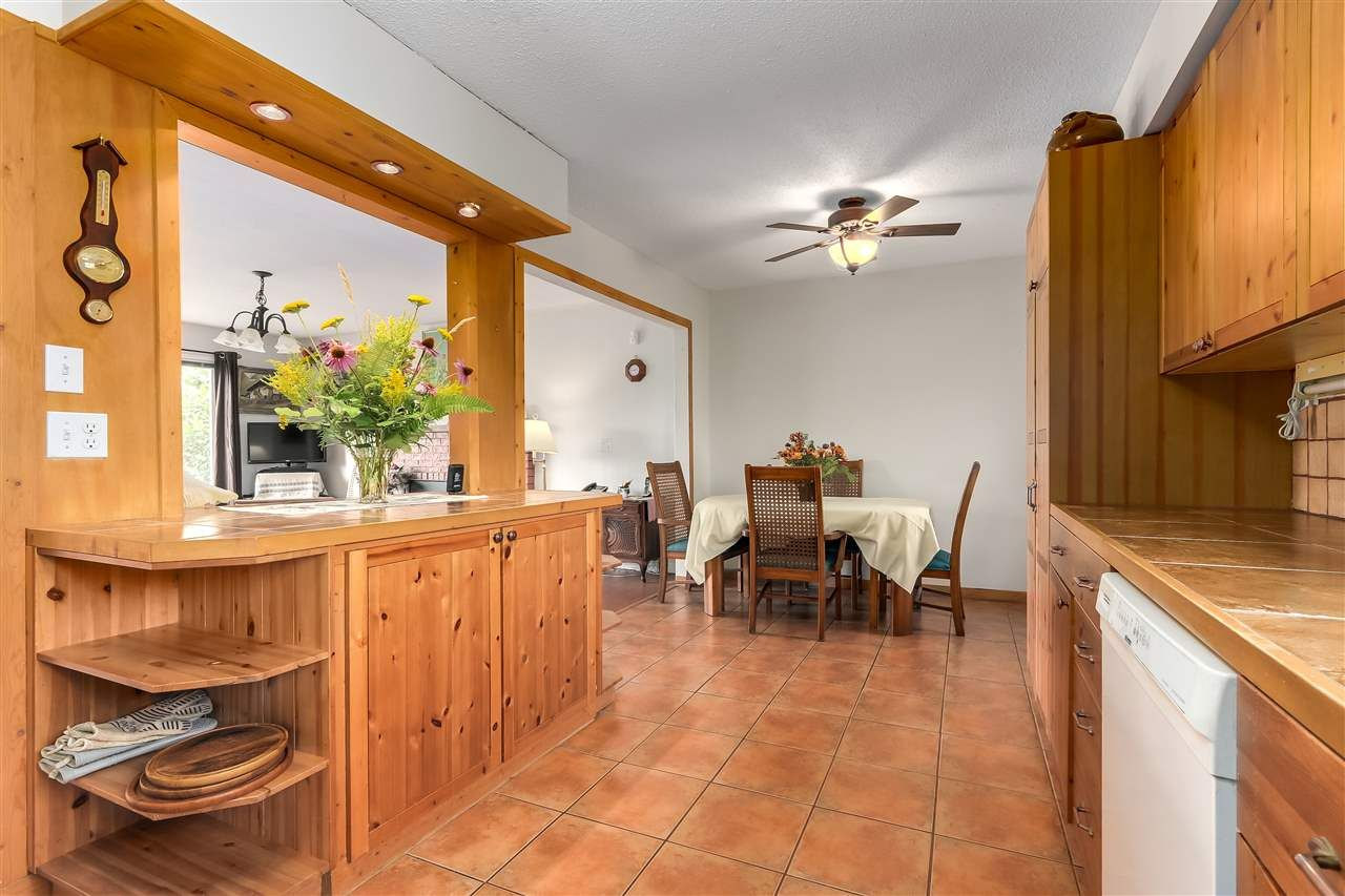 Photo 7: Photos: 7656 JUNIPER Street in Mission: Mission BC House for sale : MLS®# R2295491