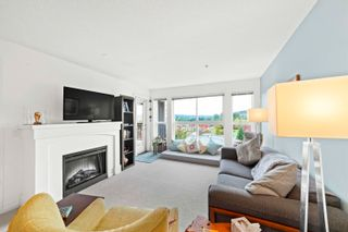 """Photo 5: 205 3082 DAYANEE SPRINGS Boulevard in Coquitlam: Westwood Plateau Condo for sale in """"THE LANTERNS DAYANEE SPRINGS"""" : MLS®# R2625528"""