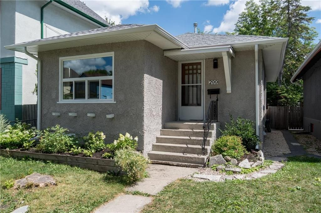 Photo 1: Photos: 299 Lipton Street in Winnipeg: Residential for sale (5C)  : MLS®# 202019088