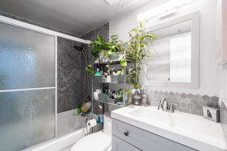 """Photo 22: 401 1525 PENDRELL Street in Vancouver: West End VW Condo for sale in """"Charlotte Gardens"""" (Vancouver West)  : MLS®# R2617074"""