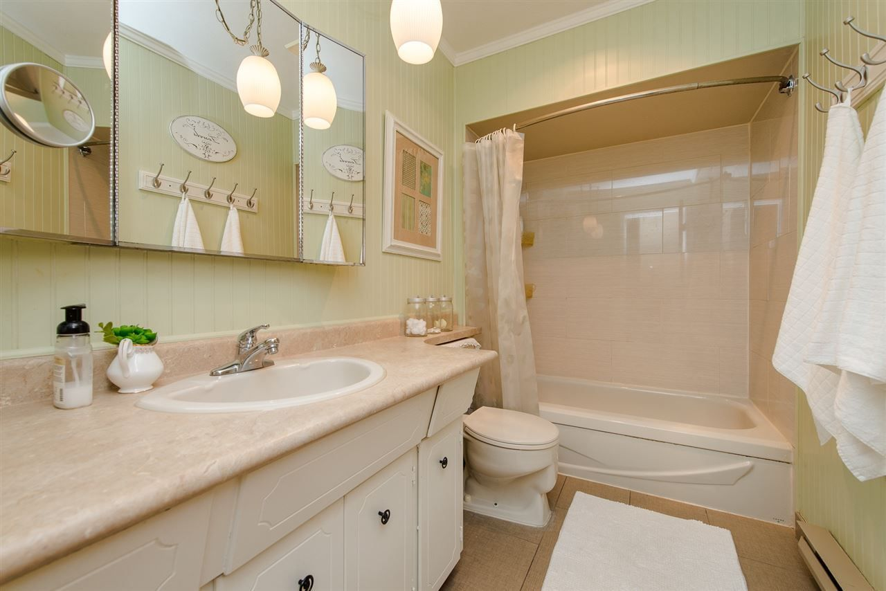 """Photo 16: Photos: 4 3015 TRETHEWEY Street in Abbotsford: Central Abbotsford Townhouse for sale in """"Birch Grove Terrace"""" : MLS®# R2272220"""