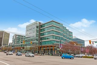 """Photo 22: 404 500 W 10TH Avenue in Vancouver: Fairview VW Condo for sale in """"Cambridge Court"""" (Vancouver West)  : MLS®# R2560760"""