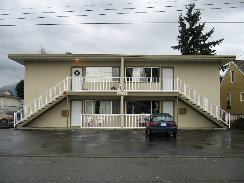 Main Photo: 46356 Margaret Avenue in Chilliwack: Chilliwack E Young-Yale Multifamily for sale : MLS®# V4009375