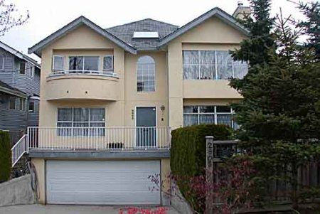 Main Photo: HUGE HALF DUPLEX N. OF 4TH IN KITSILANO!