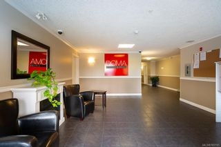 Photo 3: 104 938 Dunford Ave in VICTORIA: La Langford Proper Condo for sale (Langford)  : MLS®# 785725