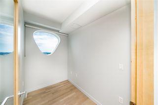 "Photo 14: 4605 13495 CENTRAL Avenue in Surrey: Whalley Condo for sale in ""3 Civic Plaza"" (North Surrey)  : MLS®# R2379820"