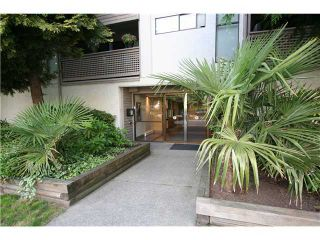 "Photo 1: 313 423 AGNES Street in New Westminster: Downtown NW Condo for sale in ""THE RIDGEVIEW"" : MLS®# V1000763"