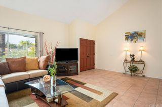 Photo 5: 21422 Via Floresta in Lake Forest: Residential for sale (LS - Lake Forest South)  : MLS®# OC21164178
