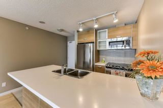 Photo 8: 302 9981 WHALLEY Boulevard in Surrey: Whalley Condo for sale (North Surrey)  : MLS®# R2315017