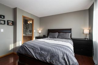 Photo 12: 363 De La Seigneurie Boulevard in Winnipeg: Island Lakes Residential for sale (2J)  : MLS®# 202102044