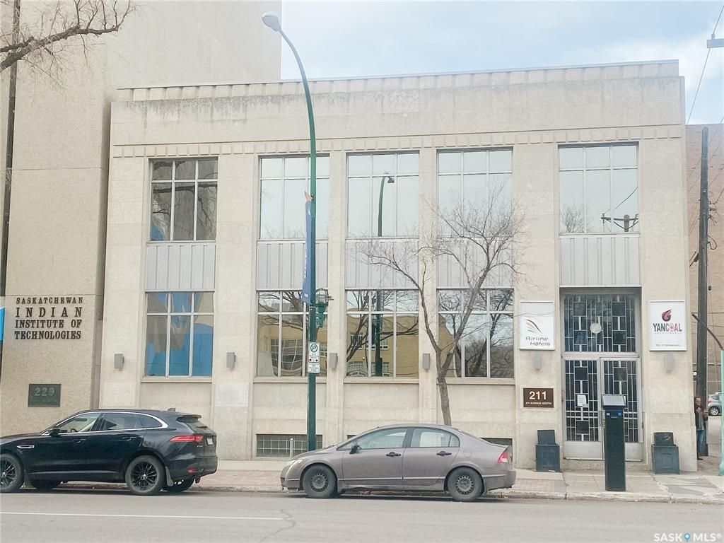 Main Photo: 211 4th Avenue South in Saskatoon: Central Business District Commercial for sale : MLS®# SK841315