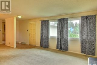 Photo 3: 2701 Steuart AVE in Prince Albert: House for sale : MLS®# SK867401