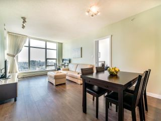 "Photo 7: 3105 4880 BENNETT Street in Burnaby: Metrotown Condo for sale in ""CHANCELLOR"" (Burnaby South)  : MLS®# R2532141"