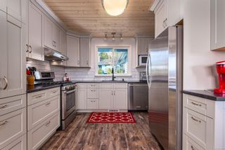 Photo 9: 335 Panorama Cres in : CV Courtenay East House for sale (Comox Valley)  : MLS®# 872608