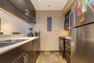 """Photo 3: 203 1550 MARINER Walk in Vancouver: False Creek Condo for sale in """"Mariners Point"""" (Vancouver West)  : MLS®# R2288697"""