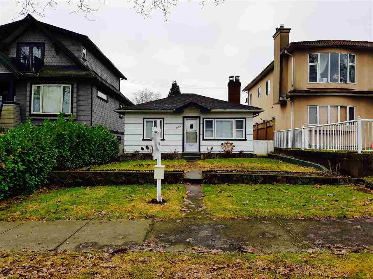 Main Photo: 2840 ETON Street in Vancouver: Hastings East House for sale (Vancouver East)  : MLS®# R2130623