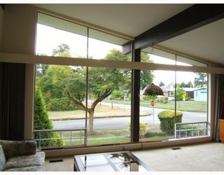 """Photo 2: 7288 VIVIAN Drive in Vancouver: Fraserview VE House for sale in """"FRASERVIEW"""" (Vancouver East)  : MLS®# V785867"""