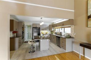 Photo 12: 2544 BLUEBELL Avenue in Coquitlam: Summitt View House for sale : MLS®# R2625984