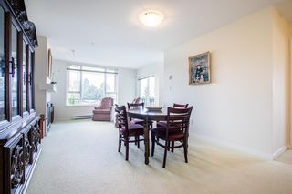 """Photo 5: 415 7089 MONT ROYAL Square in Vancouver: Champlain Heights Condo for sale in """"CHAMPLAIN VILLAGE"""" (Vancouver East)  : MLS®# R2394689"""