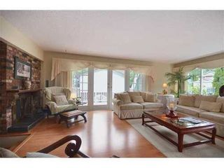 Photo 1: 4586 TEVIOT Place in North Vancouver: Home for sale : MLS®# V974253