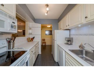 """Photo 14: 303 1410 BLACKWOOD Street: White Rock Condo for sale in """"CHELSEA HOUSE"""" (South Surrey White Rock)  : MLS®# R2257779"""
