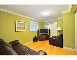 Photo 8: 4433 SOPHIA Street in Vancouver: Main House for sale (Vancouver East)  : MLS®# V800211