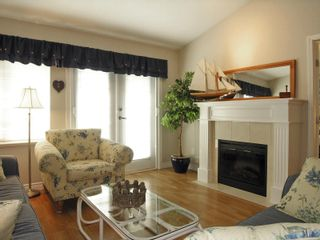Photo 7: #59, 17516 4 Avenue in Surrey: Pacific Douglas Townhouse for sale (South Surrey White Rock)  : MLS®# F2808892
