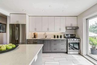 Photo 9: 17 Nuffield Drive in Toronto: Guildwood House (2-Storey) for sale (Toronto E08)  : MLS®# E5354549
