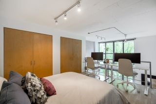 """Photo 26: 518 22 E CORDOVA Street in Vancouver: Downtown VE Condo for sale in """"Van Horne"""" (Vancouver East)  : MLS®# R2600370"""