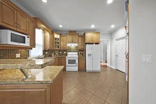 Photo 3: 5555 ROYAL OAK Avenue in Burnaby: Forest Glen BS 1/2 Duplex for sale (Burnaby South)  : MLS®# R2411910