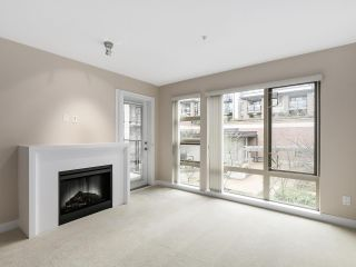 """Photo 3: 225 738 E 29TH Avenue in Vancouver: Fraser VE Condo for sale in """"CENTURY"""" (Vancouver East)  : MLS®# R2146306"""