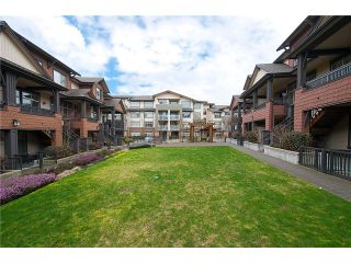 """Photo 18: 38 19478 65TH Avenue in Surrey: Clayton Condo for sale in """"Sunset Grove"""" (Cloverdale)  : MLS®# F1406717"""