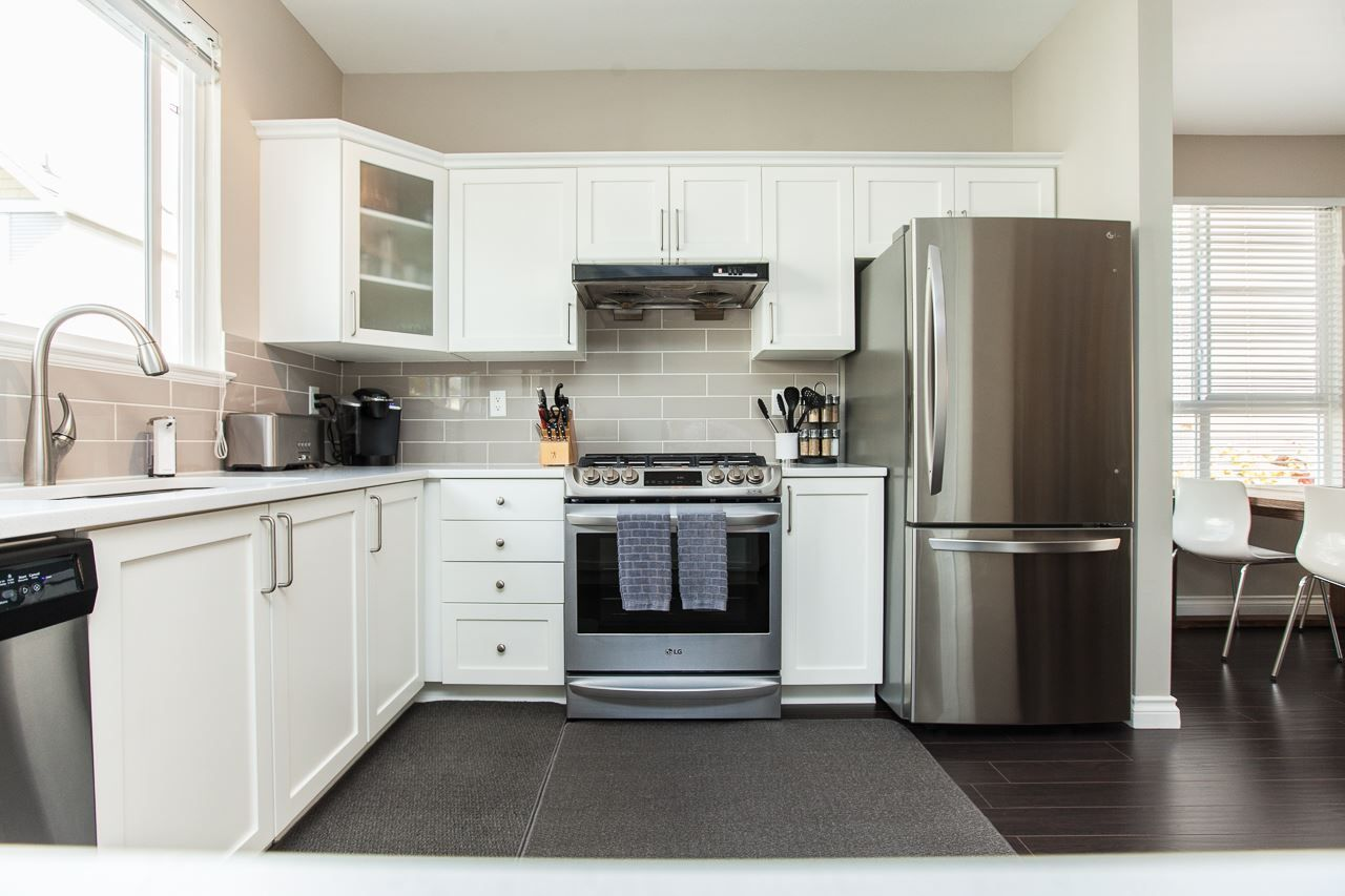 """Photo 11: Photos: 54 5999 ANDREWS Road in Richmond: Steveston South Townhouse for sale in """"RIVERWIND"""" : MLS®# R2115283"""