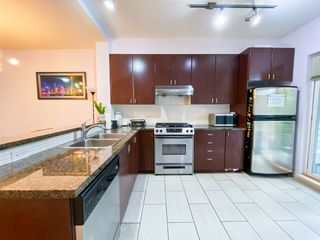 "Photo 12: 8 6878 SOUTHPOINT Drive in Burnaby: South Slope Townhouse for sale in ""CORTINA"" (Burnaby South)  : MLS®# R2510279"