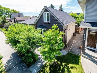 Photo 2: 1925 8 Avenue SE in Calgary: Inglewood Detached for sale : MLS®# A1100011